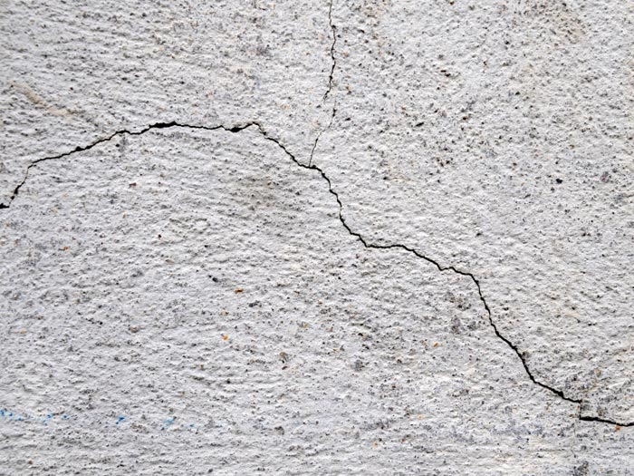 repairing cracked concrete foundation wall